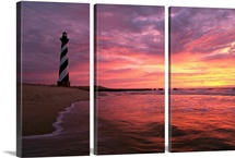 The 198 foot tall lighthouse on Cape Hatteras
