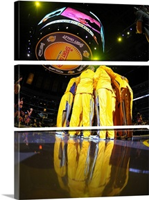 The Los Angels Lakers Huddle at the Staples Center