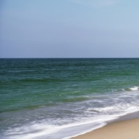 North Carolina, Cape Hatteras, Waves crashing on the beach
