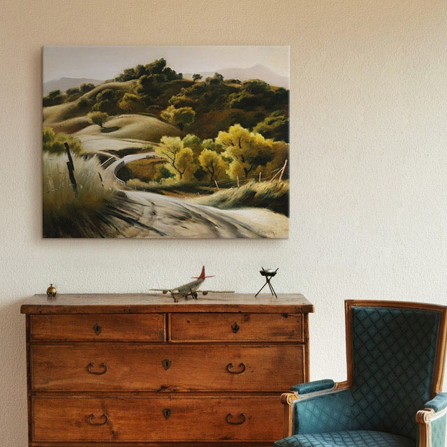 Traditional Bedroom Décor with Green Landscape Painting