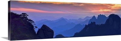 Sanqing Mountain Sunset
