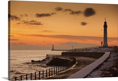 A Lighthouse Along The Coast In The Winter, Sunderland, Tyne And Wear, England