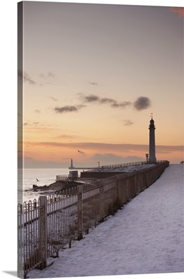 A Lighthouse Along The Coast In Winter, Sunderland, Tyne And Wear, England