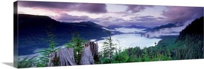 Canada, British Columbia, Vancouver Island, Nitinat Lake, Dusk