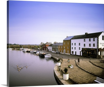 Cloondara, County Longford, Ireland, Town At The End Of The Grand Canal