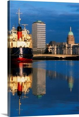 Guinness Boat, Custom House, Liberty Hall, Dublin, Co Dublin, Ireland