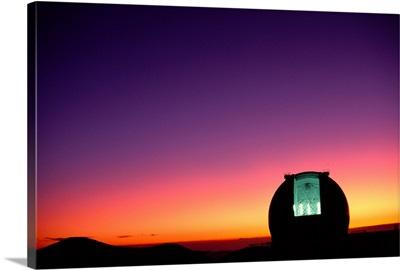 Hawaii, Big Island, Mauna Kea, Keck Observatory Open Dome, Twilight