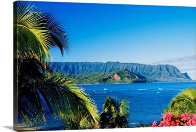 Hawaii, Kauai, Hanalei Bay, Bali Hai, Ocean And Coastline