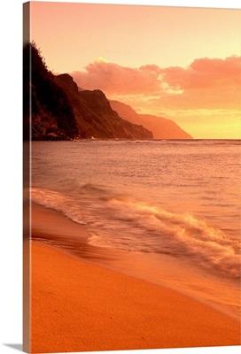 Hawaii, Kauai, Na Pali Coast, At Sunset From Kee Beach