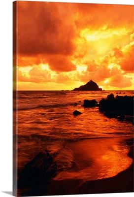 Hawaii, Maui, Hana, Orange And Yellow Sunrise Over The Ocean