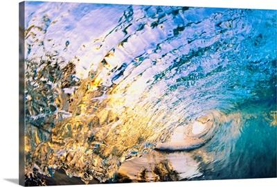 Hawaii, Maui, Makena, Beautiful Blue Wave Breaking At The Beach