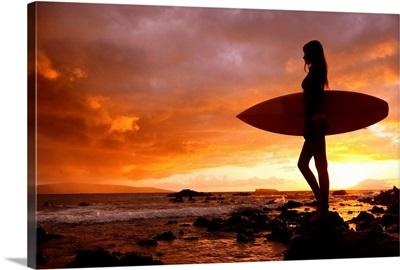 Hawaii, Maui, Makena, Silhouette Of Surfer Girl At Sunset