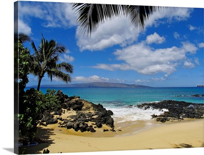 Hawaii, Maui, Makena, View From Secret Beach Of Kahoolawe