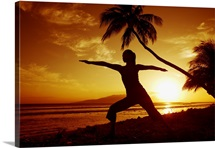 Hawaii, Maui, Olowalu, Woman Doing Yoga By The Ocean At Sunset