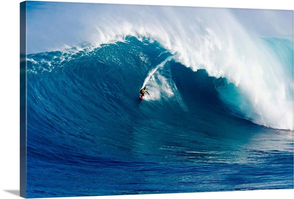 Hawaii Maui Peahi Surfer Rides A Giant Wave