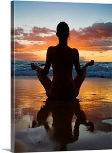 Hawaii Maui Silhouette Of Beautiful Girl Doing Yoga On The Beach Wall Art Canvas