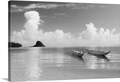 Hawaii, Oahu, Kaneohe Bay, Double Hull Canoe In Calm Water