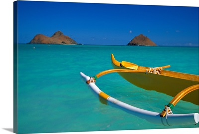 Hawaii, Oahu, Lanikai, Outrigger Canoe In Turquoise Ocean