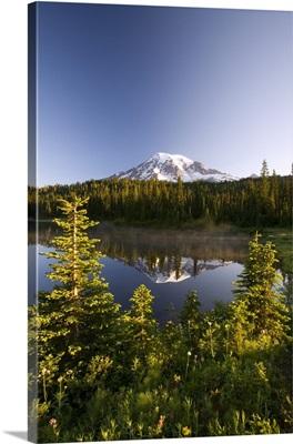 Lake And Mount Rainier, Mount Rainier National Park, Washington State, USA