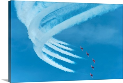 Red Arrows In Action At The Eastbourne Airshow