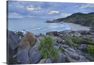 Sandy Beach With Granite Stones, Horseshoe Bay, Bowen, Queensland, Australia