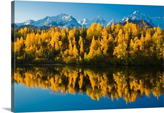 Scenic view of Chugach Mountains Matanuska Valley along Weiner Lake