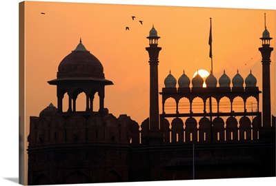 Silhouette Of The Lahori Gate Of The Red Fort With Sun Rising Behind