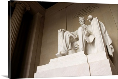 Statue Of Abraham Lincoln In The Lincoln Memorial, National Mall, Washington DC, USA