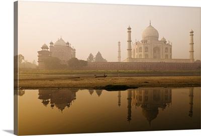 Taj Mahal In Early Morning, Agra, India