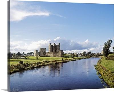 Trim Castle On The River Boyne, County Meath, Republic Of Ireland
