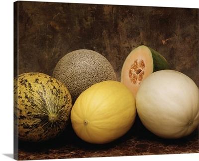 Varieties of melons, Santa Claus, Persian, Juan Canary and Orange-flesh Honeydew
