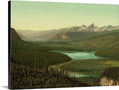 Emerald Lake And Van Horn I.E., Horne Range, British Columbia