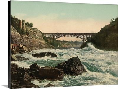 Whirlpool Rapids, Looking Up Niagara