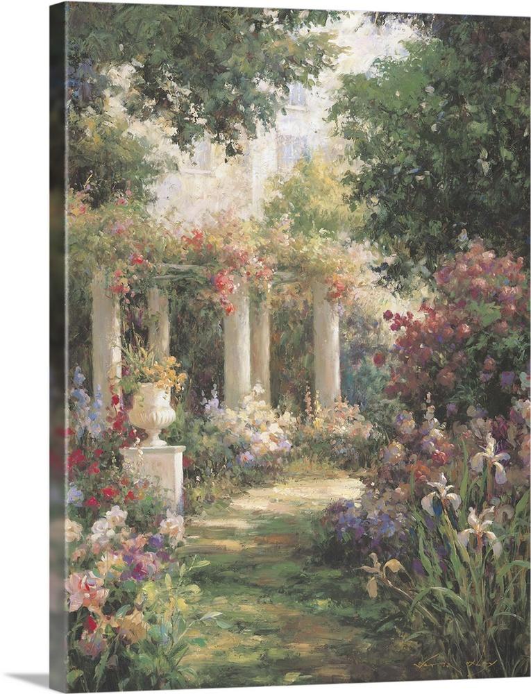 garden columns. Ancient Garden Columns