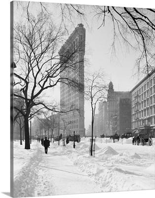 Vintage photograph of Flatiron Building in Snow, New York City