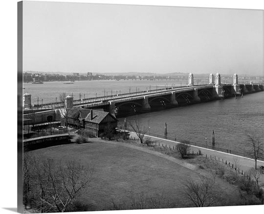 Vintage photograph of Longfellow Bridge and Charles River, Boston, Massachusetts