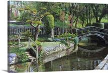 Bridge and Garden, Bakewell, Derbyshire, 2009 (oil on canvas)
