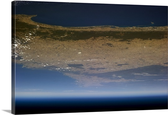 From Perth, Western Australia, to the horizon