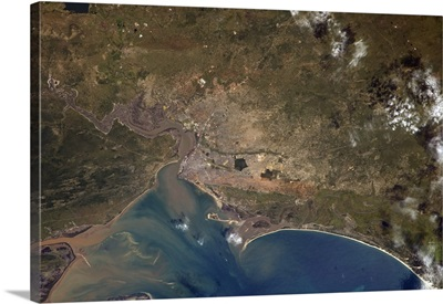Maputo, capital of Mozambique, home to 2 million of us living in this African port city
