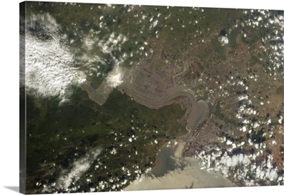 Maputo, Mozambique. Big, thriving African port city on the Indian Ocean
