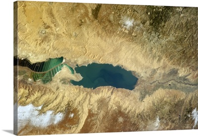 Salt ponds and the Dead Sea
