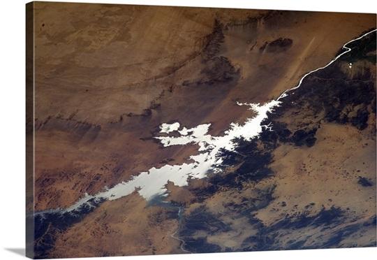 Taming the Nile - the Aswan Dam's reservoir, Lake Nasser, highlighted in sun glint