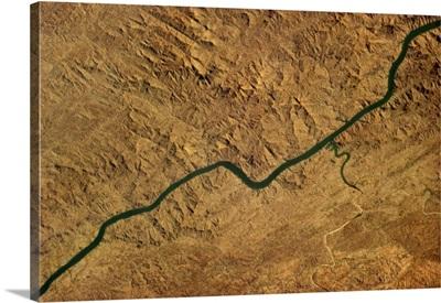 The Narmada River follows a natural rift in India's rock