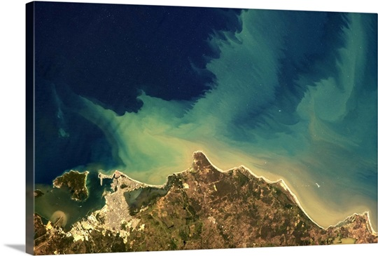 The surging flow of the ocean, very visible along the north coast of South America