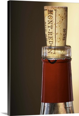 A bottle neck with a cork to re-close it Mont-Redon