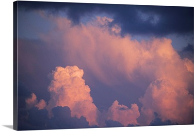 Bahamas, thunderstorm at sunset