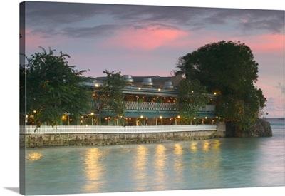 Barbados, St. Lawrence Gap, Waterfront Restaurant, Picses Resort