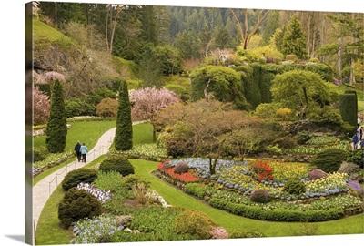 British Columbia, Butchart Gardens, sunken gardens in converted limestone quarry