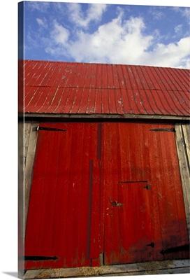 Canada, New Brunswick, Shepody, Red barn door