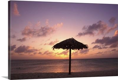 Caribbean, Aruba, Eagle beach at sunset